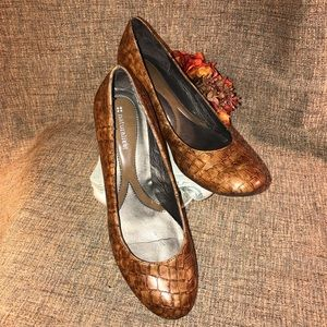 Naturalizer pumps sz 9.5